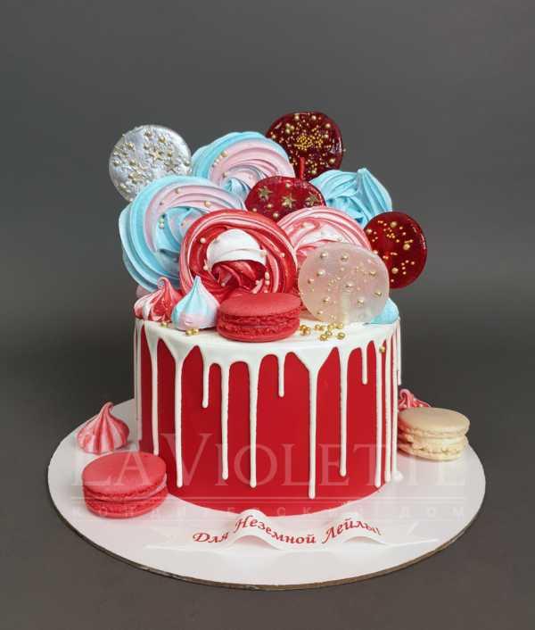 Торт с леденцами и безе №1051