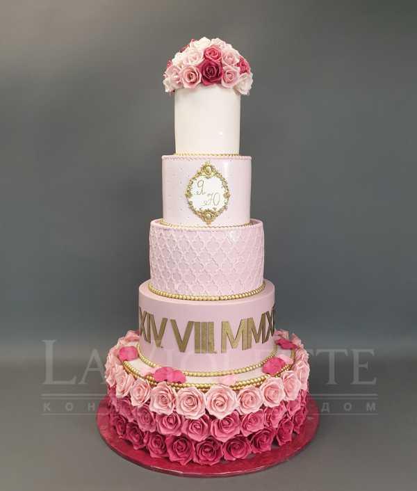 Свадебный торт с розами №1082