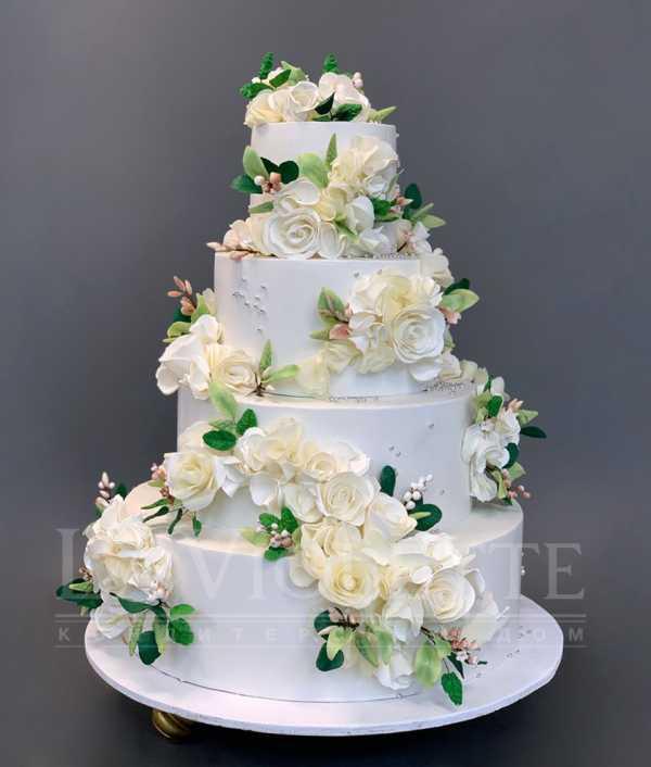 Свадебный торт с цветами №1087