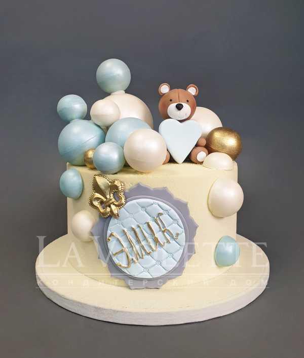 Торт с шарами и мишкой №1099