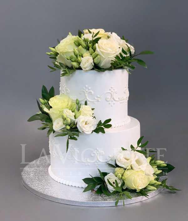 Торт с цветами №1116
