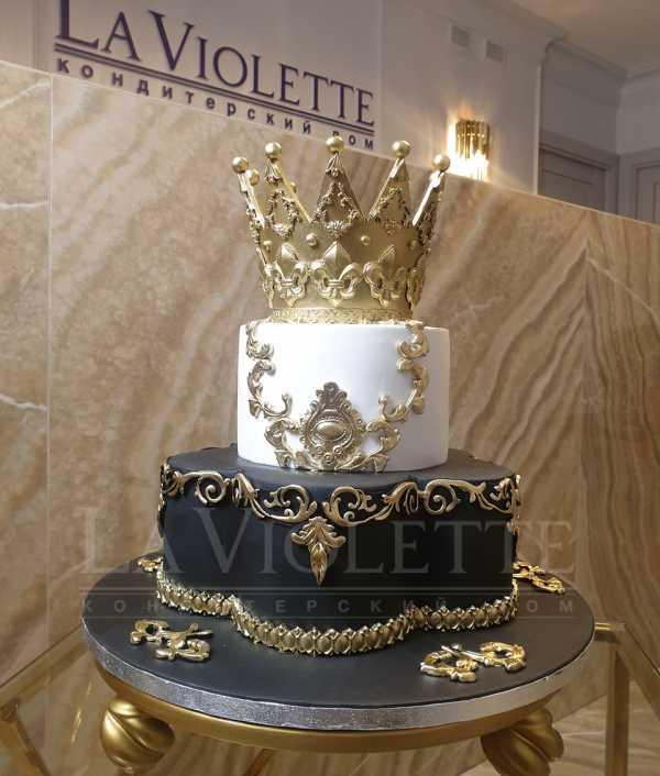 Торт с короной №1135