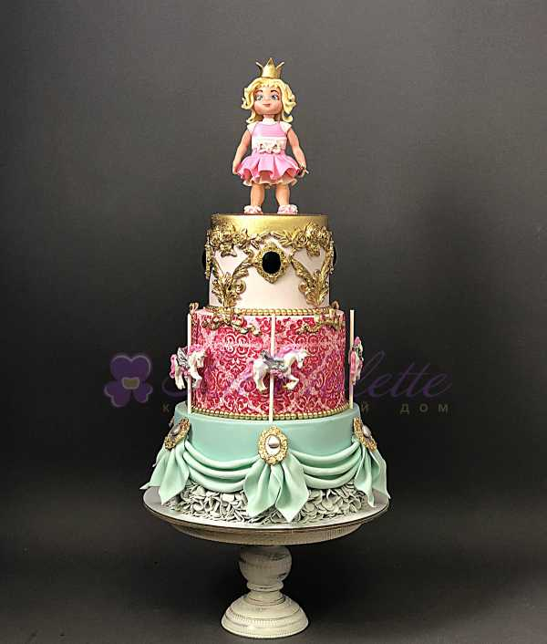 Торт с куколкой №158