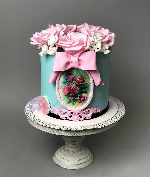 Торт с розами №429