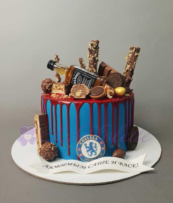 Торт с конфетами №886