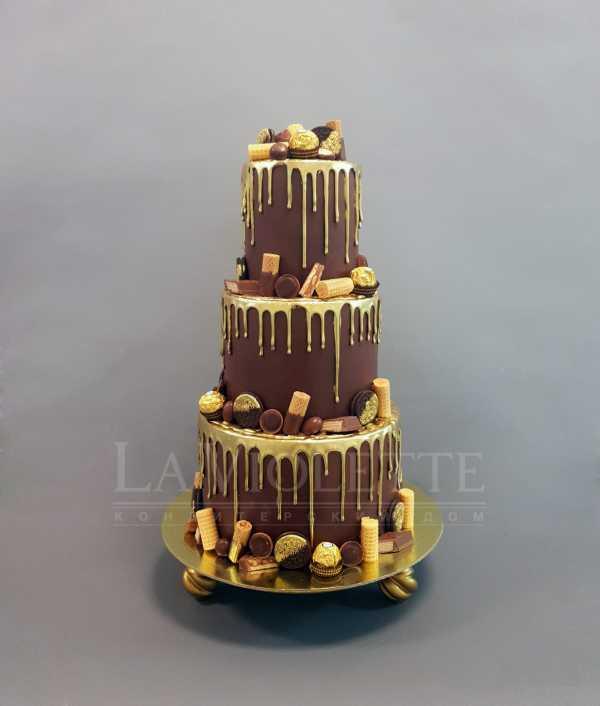 Торт с конфетами №936