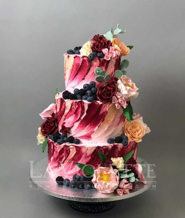 Торт кремовый с ягодами №956