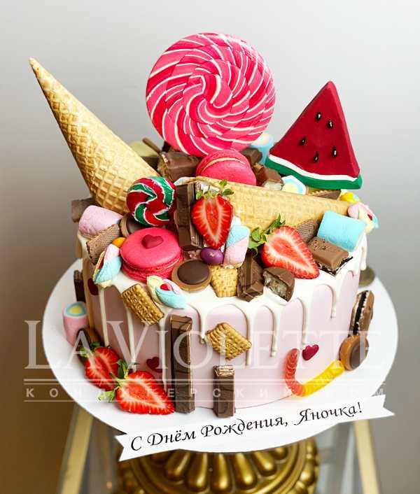 Торт со сладостями №1173