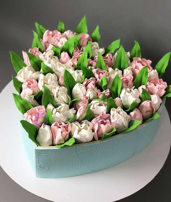 Торт с тюльпанами №802