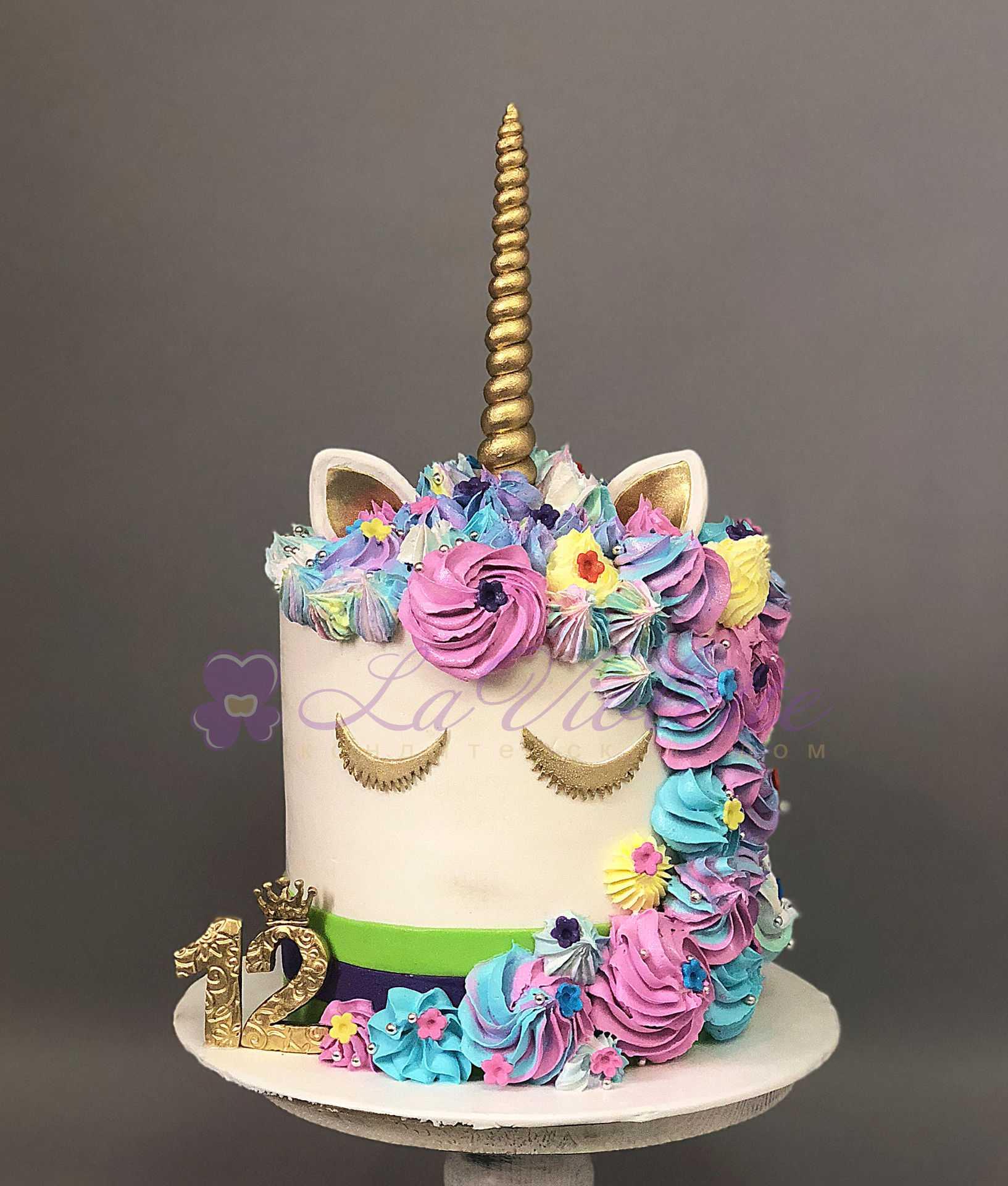 Торт единорог №762 по цене: 2200.00 руб в Москве | Lv-Cake.ru